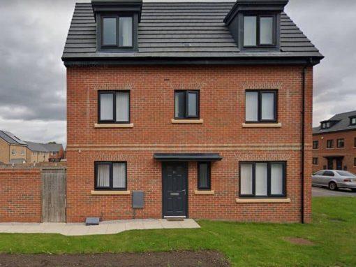 Rockie: Five Bedroom House in Northampton