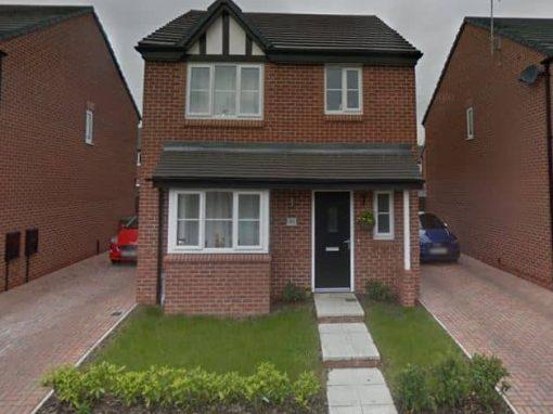 Rikki: Four Bedroom House in Scarborough